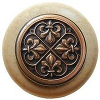 Notting Hill NHW-760N-AC, Fleur-De-Lis Wood Knob in Antique Copper/Natural Wood, Olde World Collection