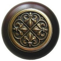 Notting Hill NHW-760W-AB, Fleur-De-Lis Wood Knob in Antique Brass/Dark Walnut Wood, Olde World Collection