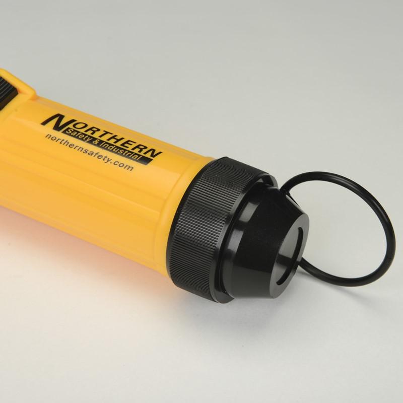 Northern Safety 32043 LED Flashlight, 5 Bulb, Northern Safety 32043 :: Image #20