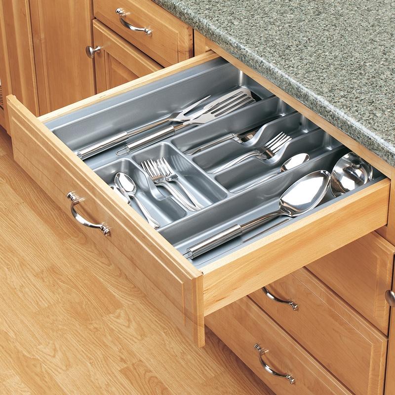 "21-7/8""W Cutlery Drawer Insert, Plastic, Glossy Silver, Rev-a-shelf  GCT-4S-52 :: Image 20"