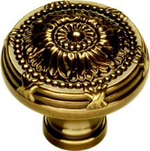 Belwith M102 Round Design Knob, dia. 1-1/4, SherWood Antique Brass, Ribbon & Reed