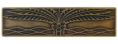 Notting Hill NHP-323-AB, Royal Palm Pull in Antique Brass (Horizontal), Tropical