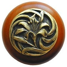 Notting Hill NHW-703C-AB, Tiger Lily Wood Knob in Antique Brass /Cherry Wood, Floral