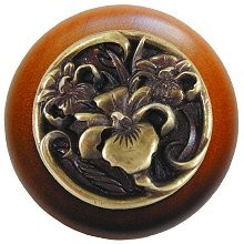 Notting Hill NHW-728C-AB, River Iris Wood Knob in Antique Brass/Cherry Wood, Floral