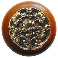 Notting Hill NHW-702C-AB, Gingko Berry Wood Knob in Antique Brass /Cherry Wood, Leaves